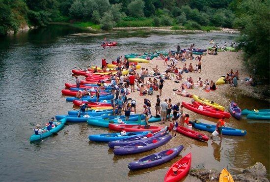 Descenso en canoa del Sella con cangas aventura