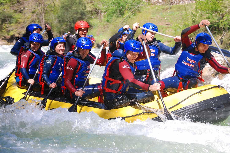 Rafting en Asturias con Cangas Aventura