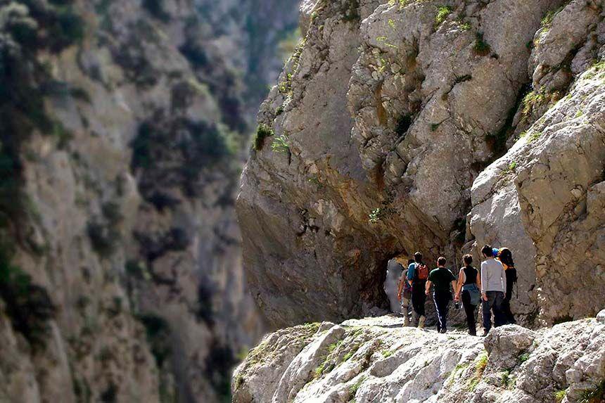 Senderismo en Asturias con Cangas Aventura